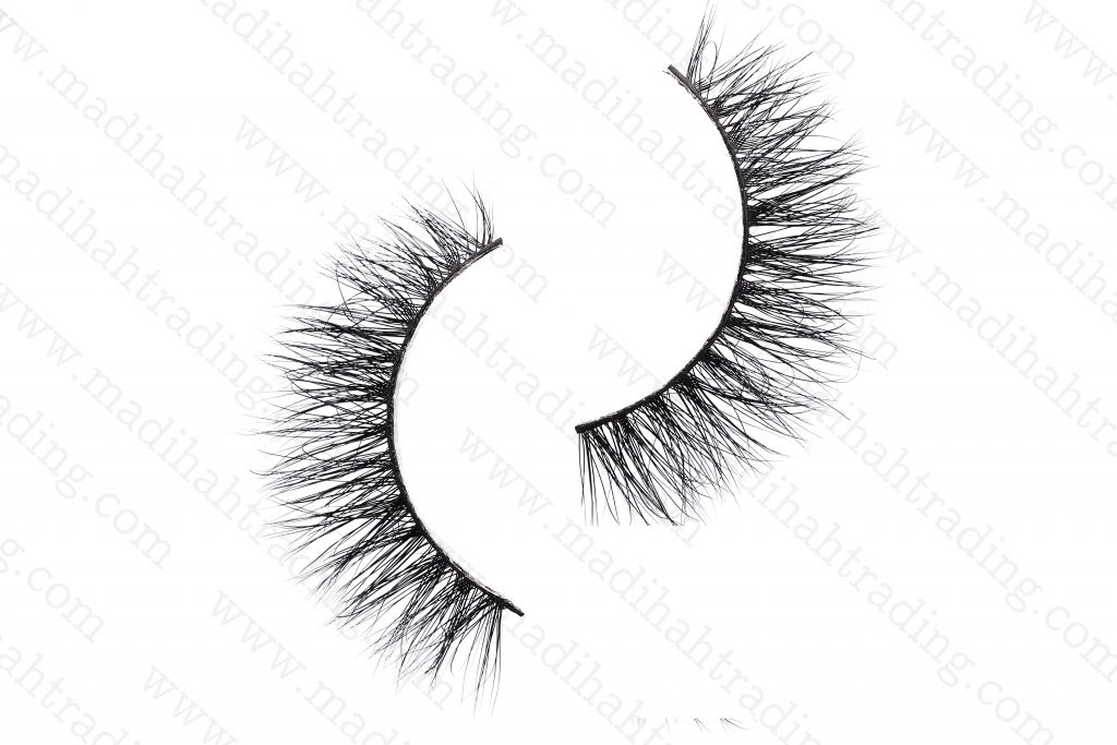 Madihah Trading 3d real mink lashes wholesale.