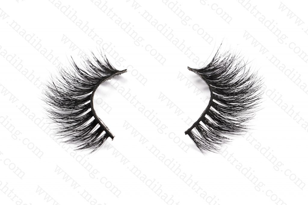 Madihah 3d cruelty free mink lashes wholesale.