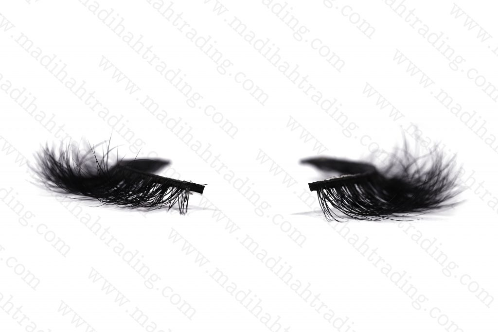 Madihah 12mm real mink fur eyelashes 3D-07 details 3.