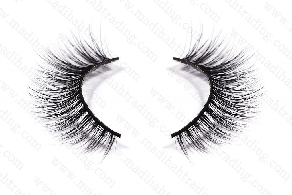 Madihah Trading wholesale 3d mink eyelashes amazon try on.
