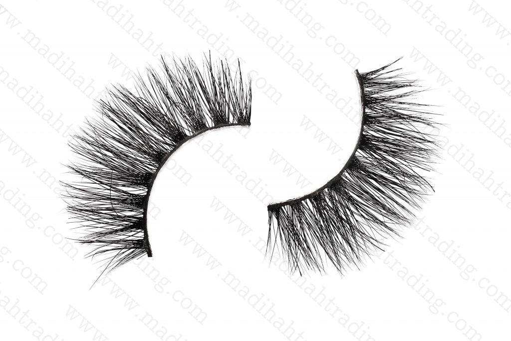 Madihah Trading real mink fur individual lashes wholesale.