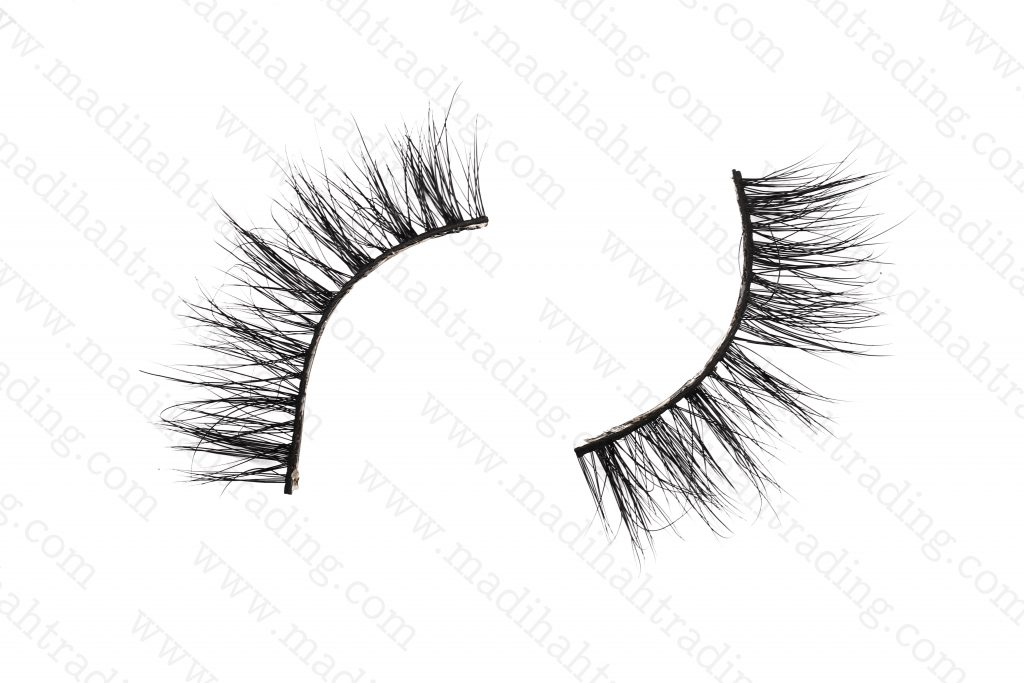 Madihah natural mink fur eyelashes wholesale.