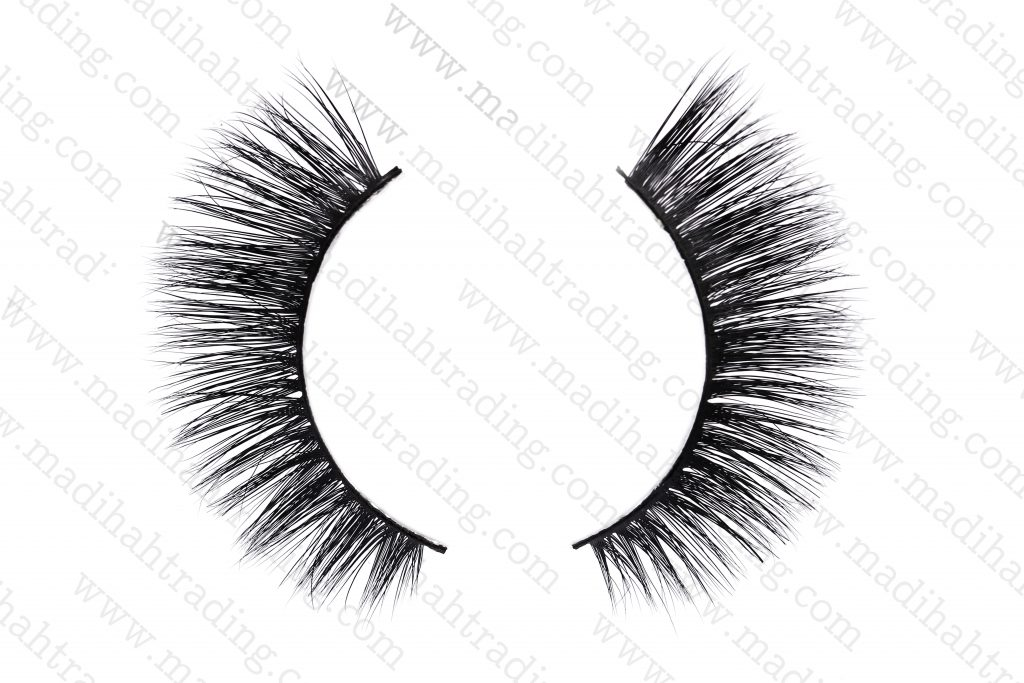 Madihah cheap mink lashes fast shipping.