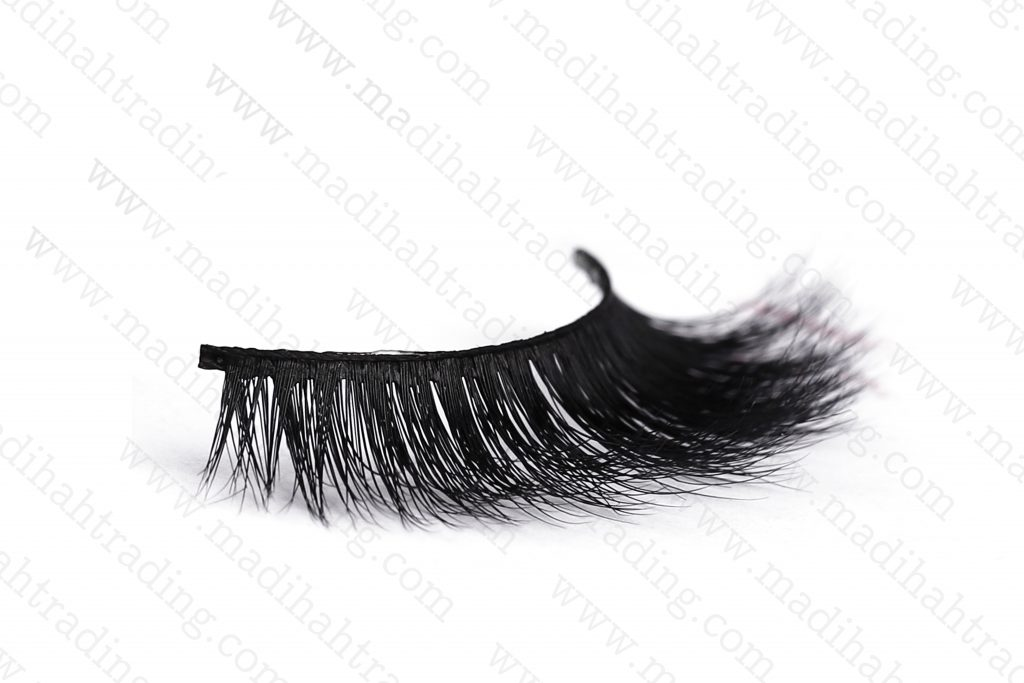 Madihah support the best mink siberian eyelashes good price in china.