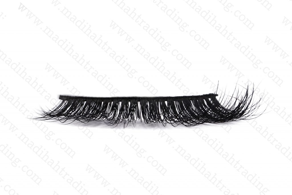 Madihah usa siberian mink fur 3d lashes hair eyelashes try on in china.