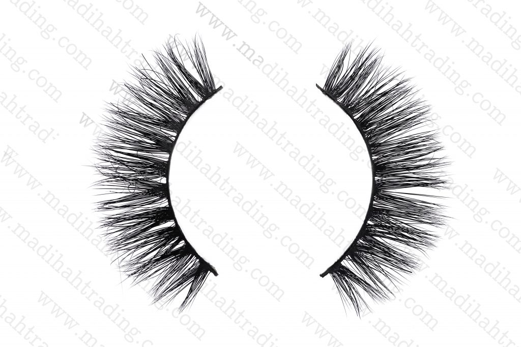 Madihah siberian mink lashes try on wholesale in china.