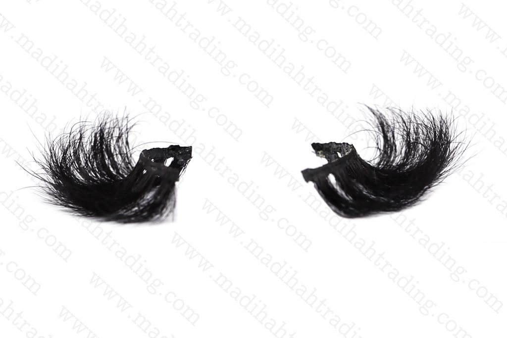 Madihah 100% handmade cruelty free horse tail eyelashes wholesale.