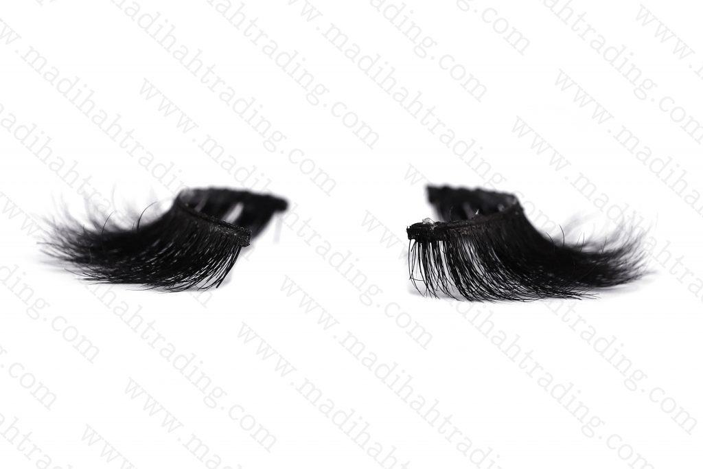 Madihah horse fur eyelash manufacturers uk.