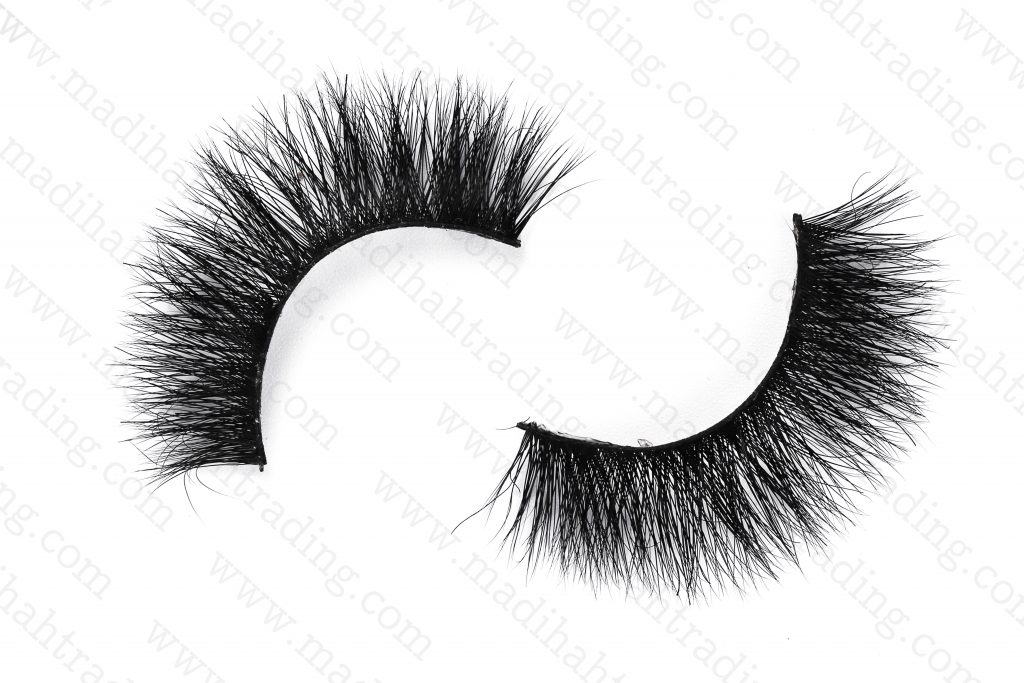 Madihah supply the siberian mink lashes bulk to human hair lash vendors.