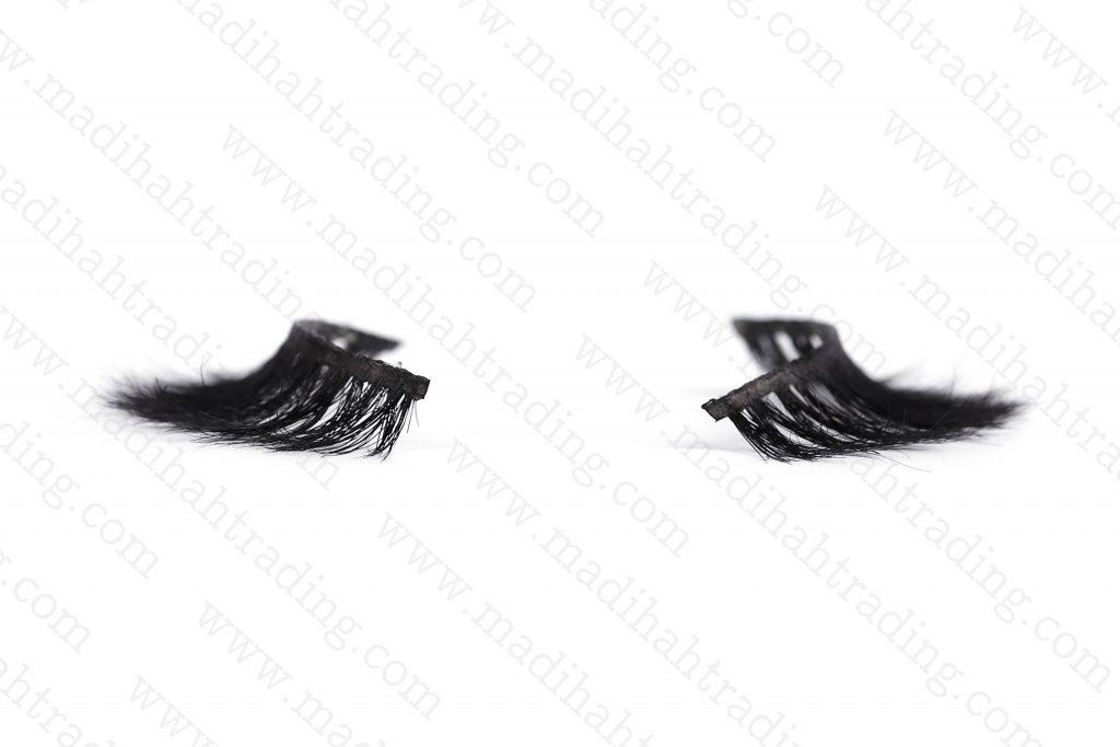 Madihah supply the horse hair lashes to the korean eyelashes manufacturers.