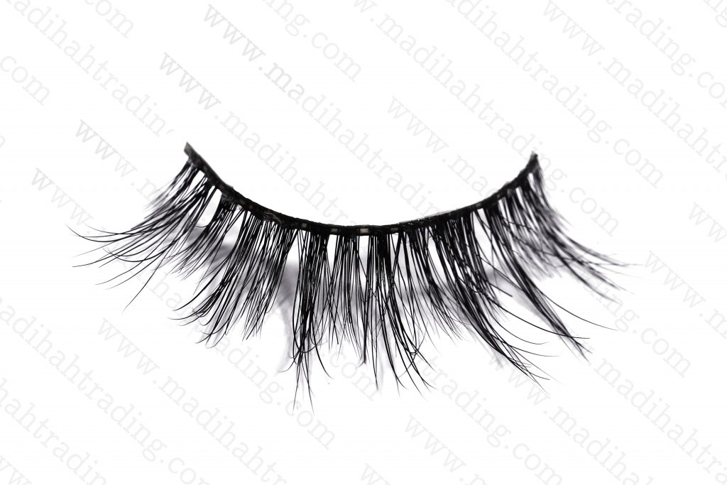 we supply our Madihah strip eyelashes 3d mink lashes to the siberian mink lashes aliexpress store.