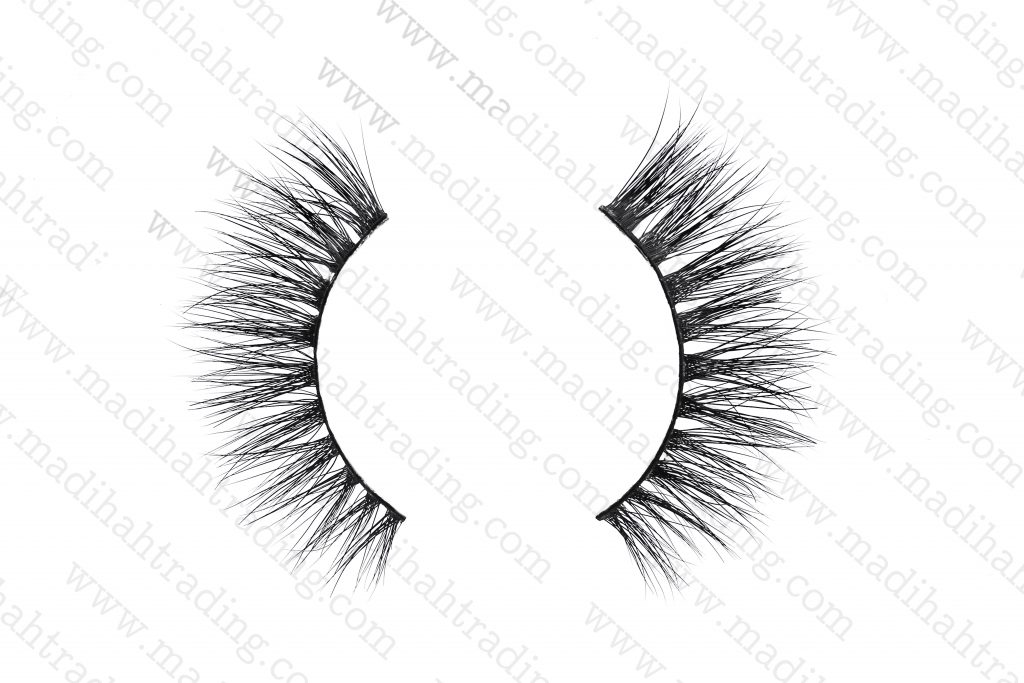 we supply our Madihah siberian mink 3d hair eyelashes to the siberian mink lashes aliexpress store.