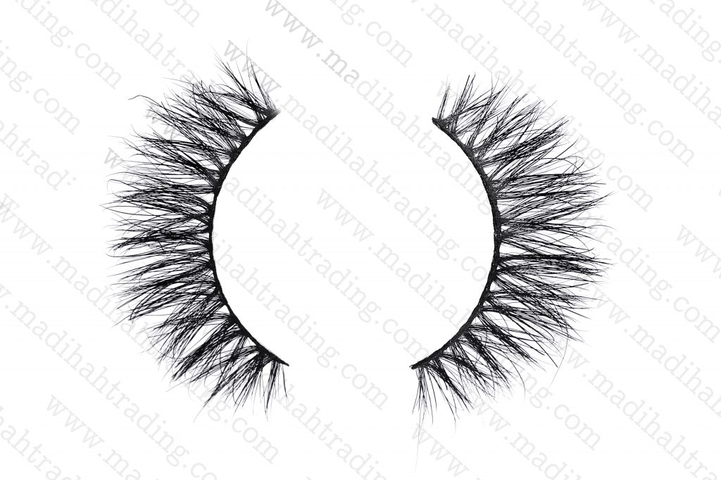 Madihah dropshipping the best horse hair 3d mink eyelashes to the horse hair lashes manufacturers usa.