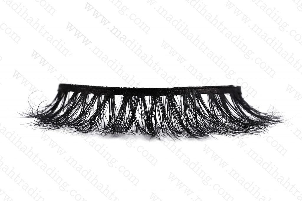 Madihah dropshipping the 3d horse hair mink eyelashes ebay items to the hors hair eyelash manufacturers in india.
