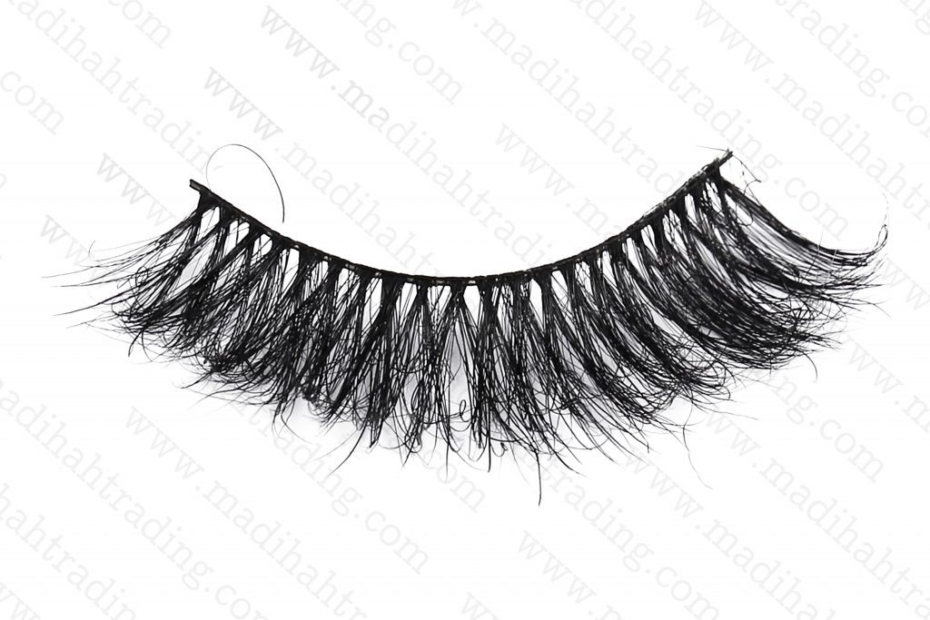 Madihah dropshipping the 3d horse hair mink lashes wish items to the custom horse fur lashes manufacturers korea.