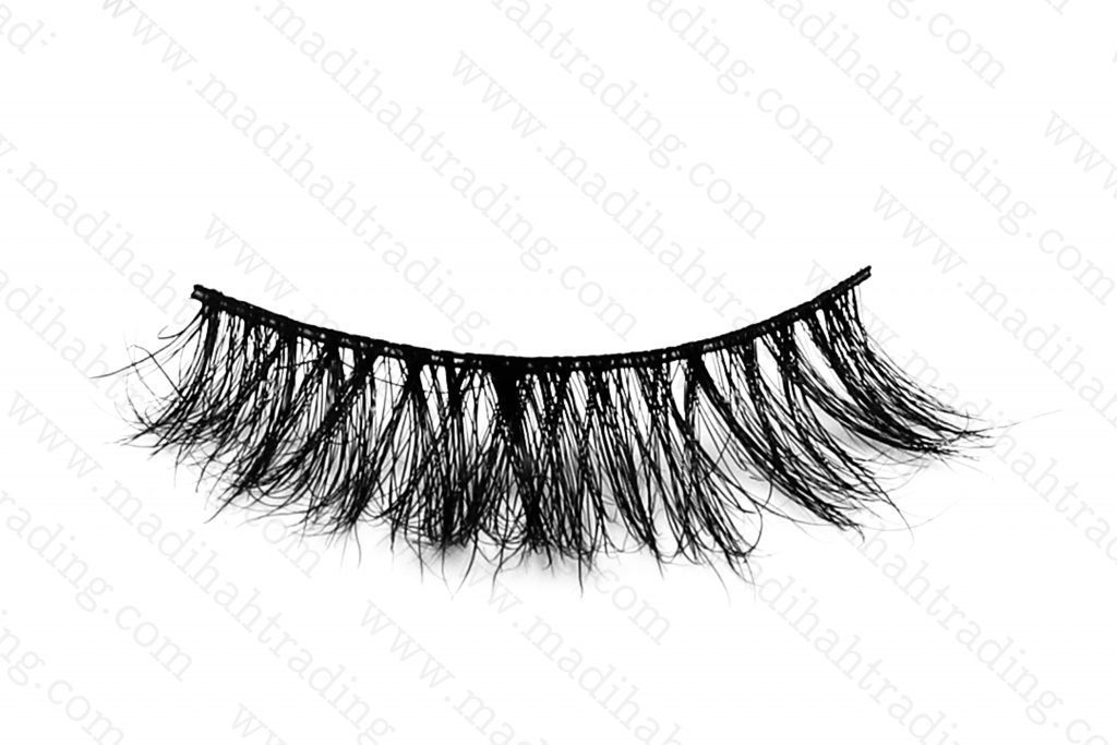 Madihah dropshipping the 3d horse hair mink eyelashes ebay items to the horse hair eyelashes manufacturers in india.