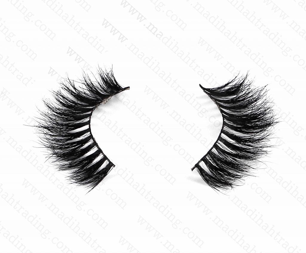 Madihah provide the premium mink lashes wholesale to the amazon eyelashes uk vendors.