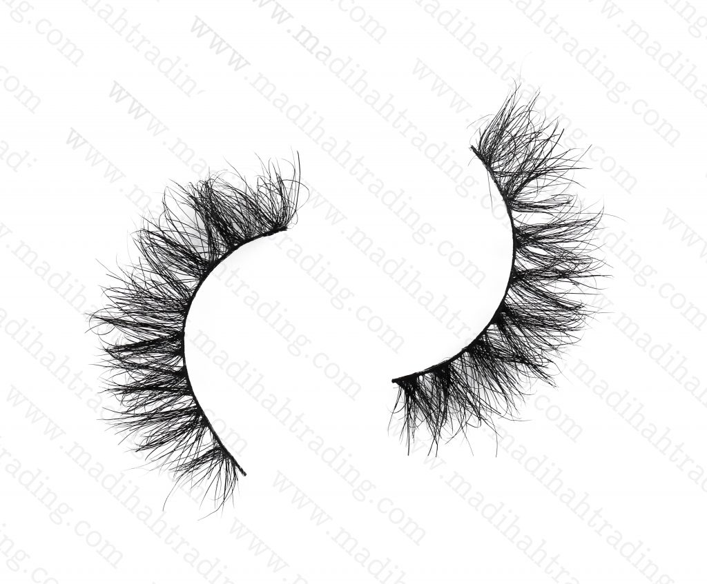 Madihah dropshipping the best 3d mink eyelashes to the lash manufacturers usa