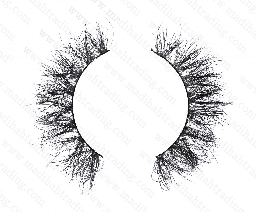 Madihah dropshipping the 3d siberian mink lashes to the eyelash manufacturers uk