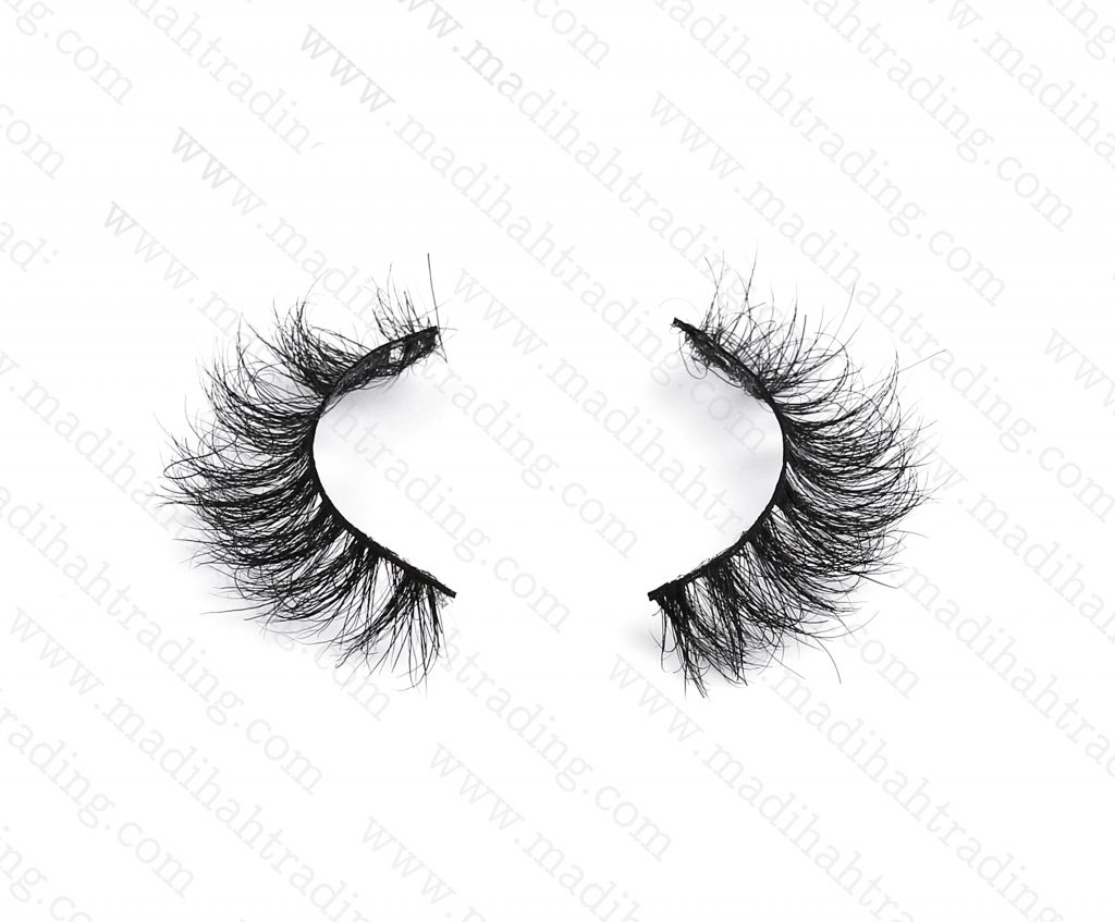 Madihah dropshipping the 3d mink eyelashes amazon items to the lash manufacturers south africa