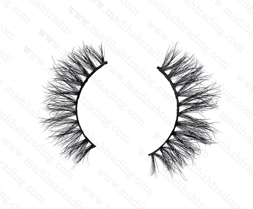 Madihah wholesale mink eyelashes bulk to the false eyelashes uk supplier.