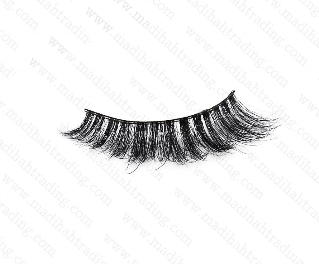 Madihah Trading 3d mink lashes vendors supply the mink eyelash extensions wholesale.