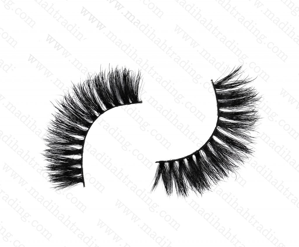 Madihah Trading 13mm 3d mink eyelashes amazon yx12 provide the 3d mink lashes extensions.