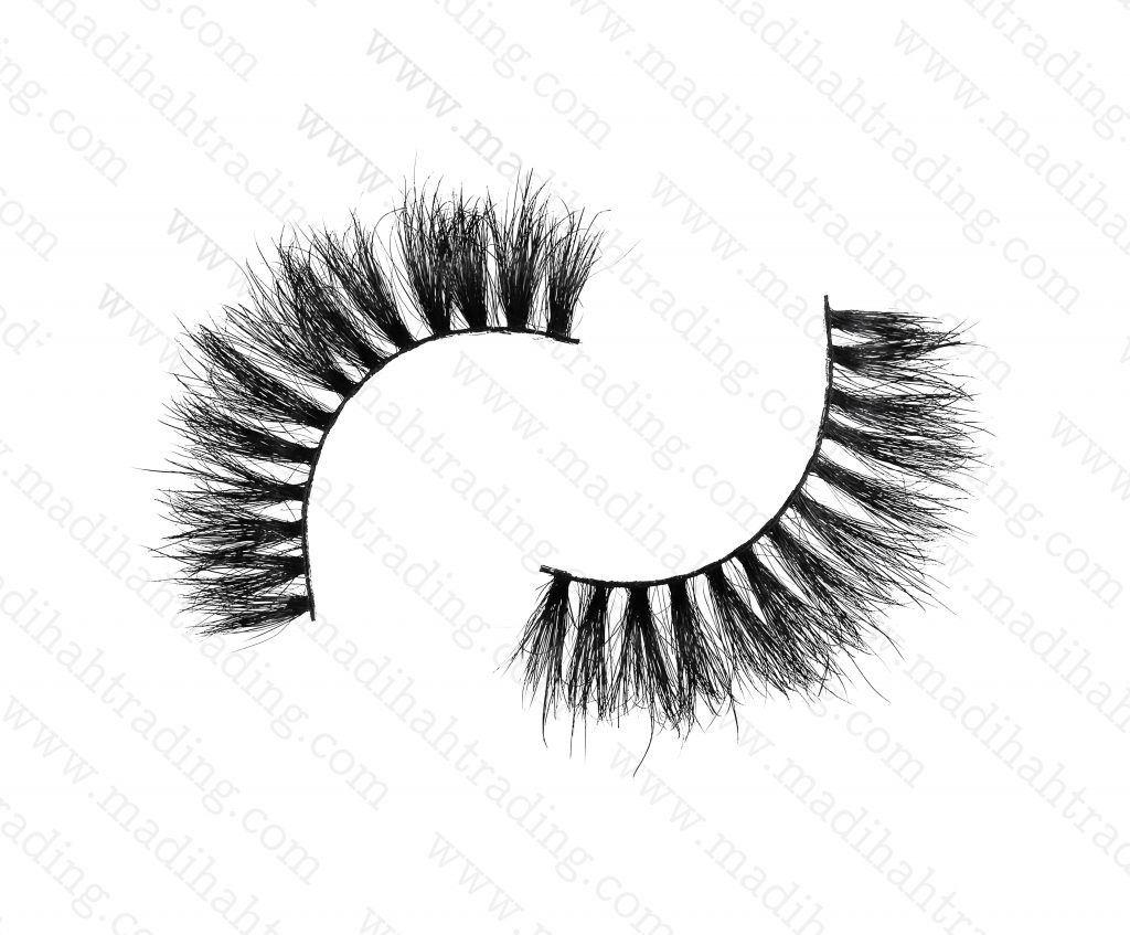 Madihah Trading 15mm 3d mink eyelashes amazon yx16 provide the 3d mink lashes extensions.