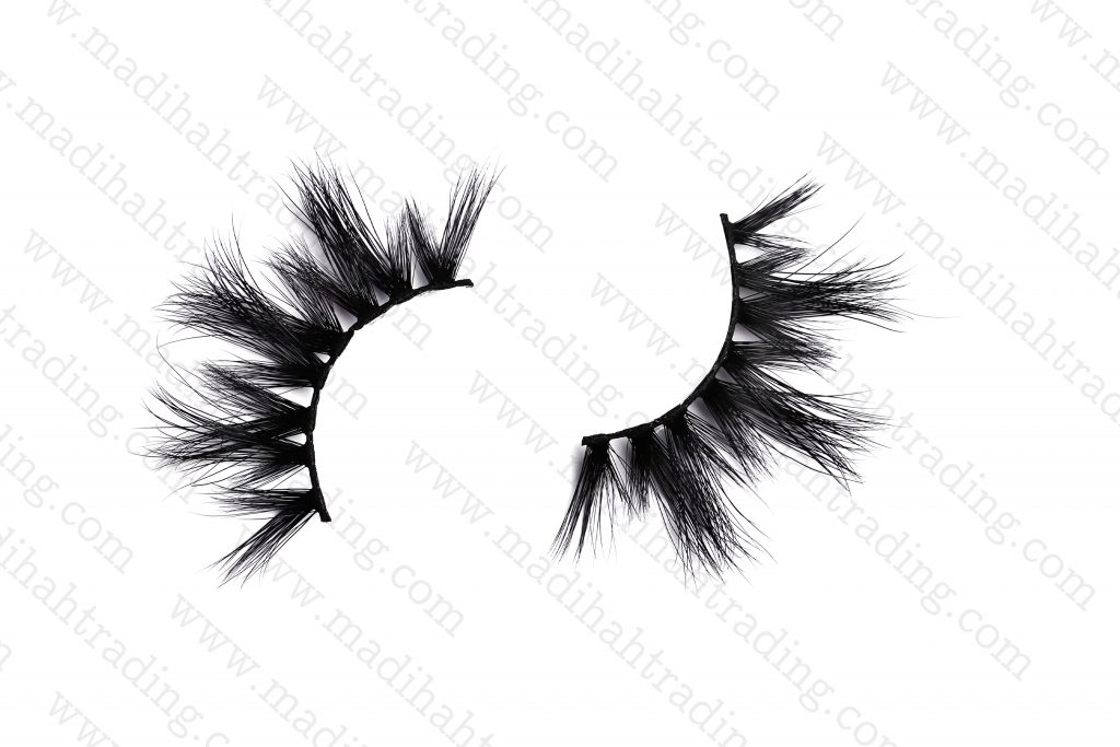 Madihah Trading 100% siberian mink fur lashes wholesale.