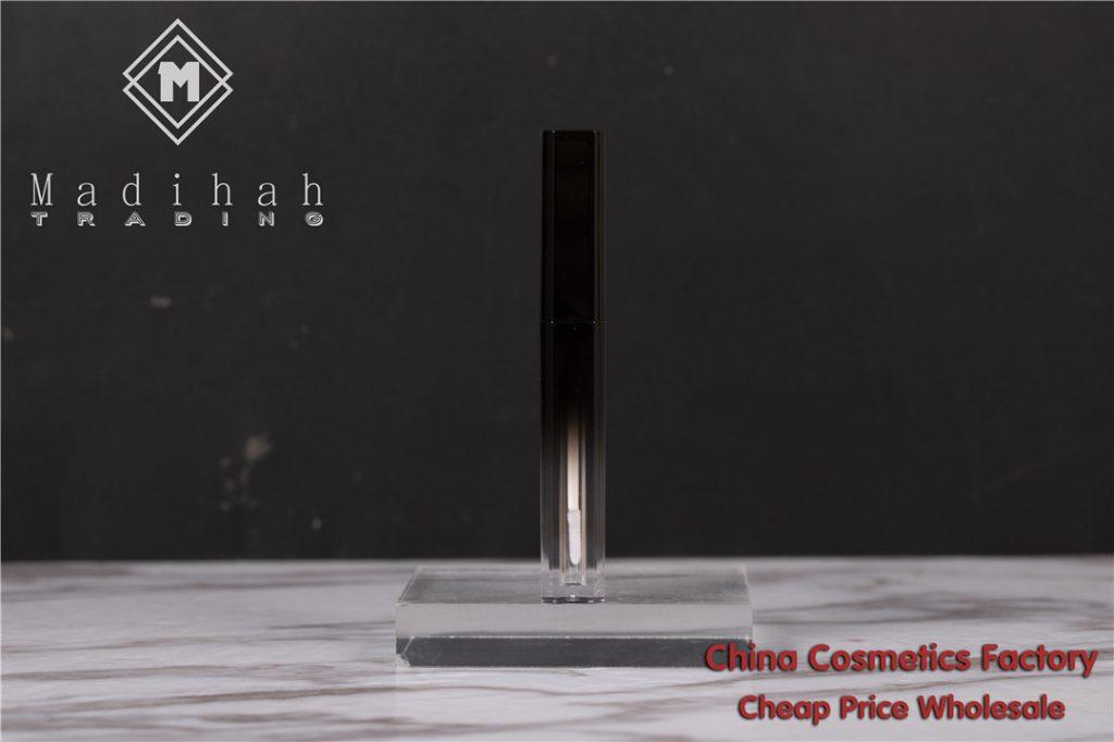 Madihah empty lip gloss tube 05