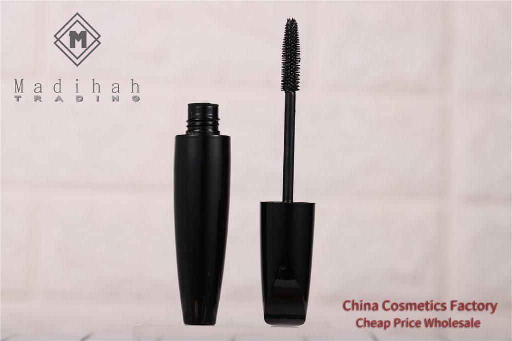 Madihah Silk Fiber Mascara 4D